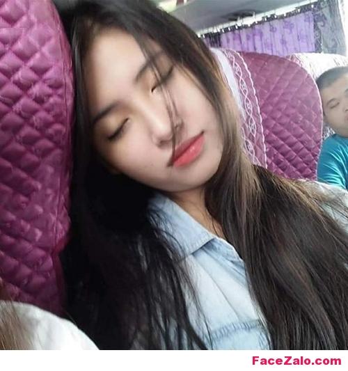 HOT GIRL đang ngủ, gái ngủ xinh đẹp, anh gai xinh ngu quen tren xe bus